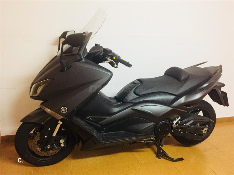 YAMAHA T-Max 530 ABS LUX MAX