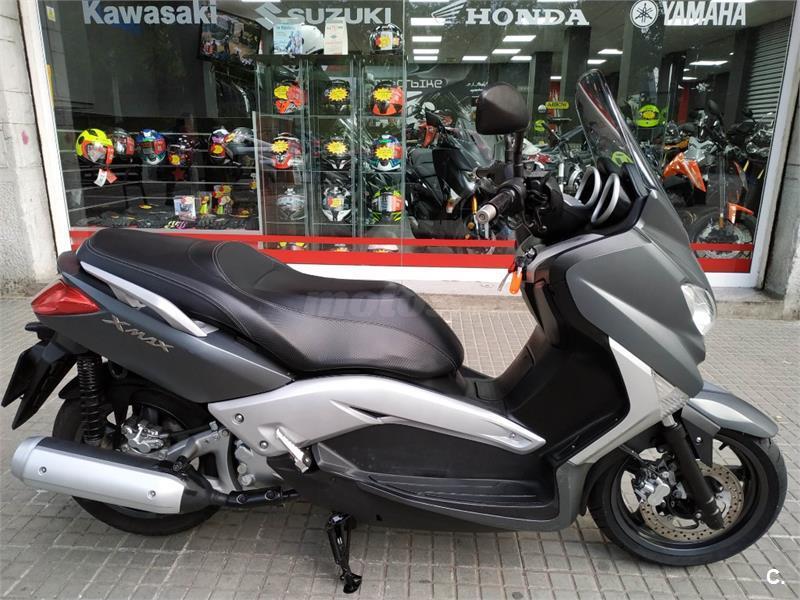 YAMAHA X MAX 250