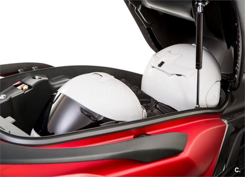 KYMCO Super Dink 125i ABS