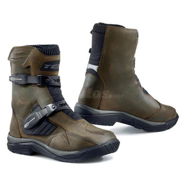 botas TCX BAJA CORTA WATERPROF marron