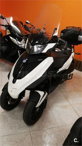 PIAGGIO MP3 LT 300IE Bussines