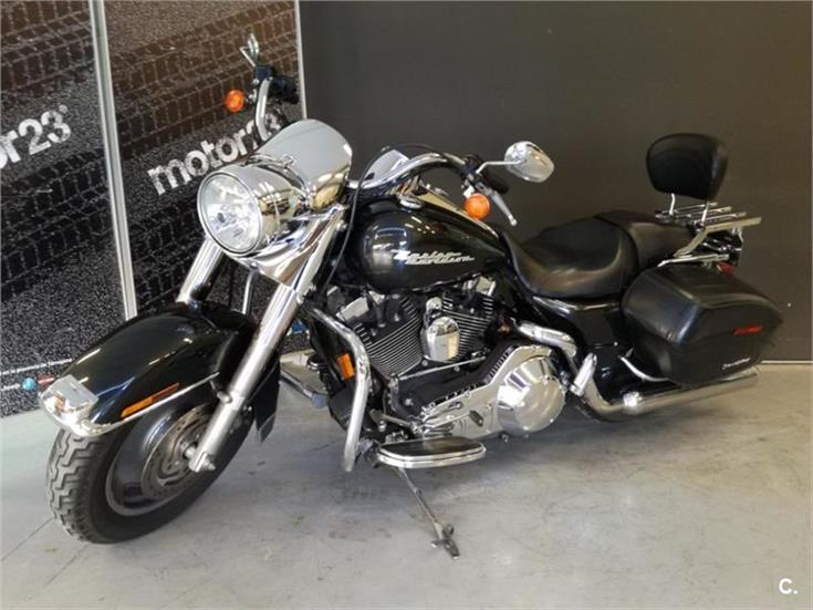 HARLEY DAVIDSON Touring Road King