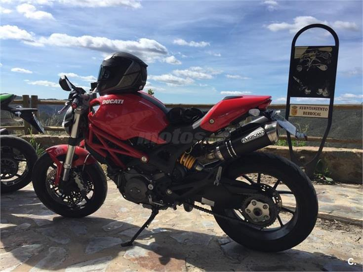 DUCATI MONSTER 796 ABS