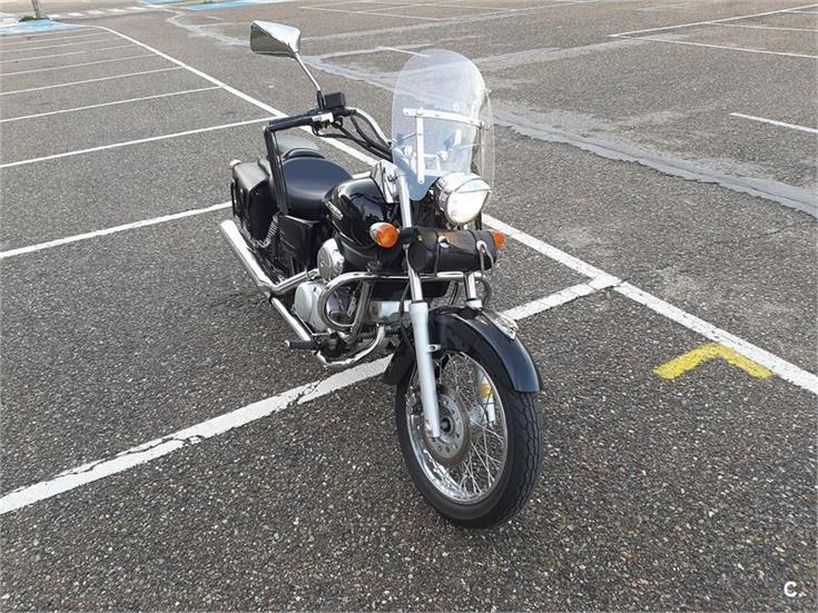 HONDA Shadow VT 125 C