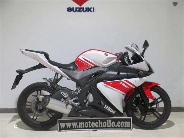 yamaha yzf r 125 124 de color blanca del a o 2008 con 22820km valencia 6876211. Black Bedroom Furniture Sets. Home Design Ideas