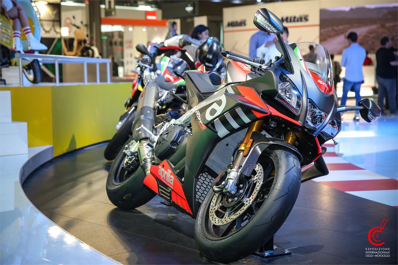 Aprilia RSV4 Factory/RSV4 RR 2020: Bellas y tecnológicas - foto 1