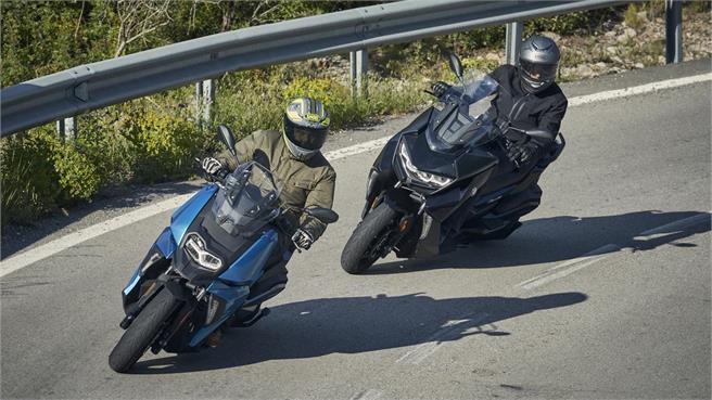 BMW C400X vs C400GT: Divide y vencerás