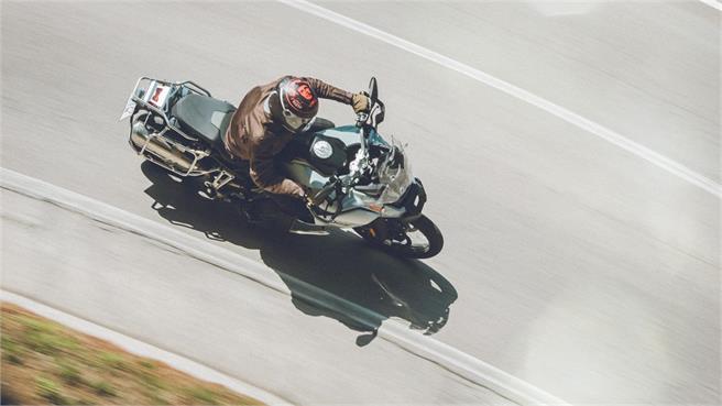 BMW F850GS Adv vs Ducati Multistrada 950