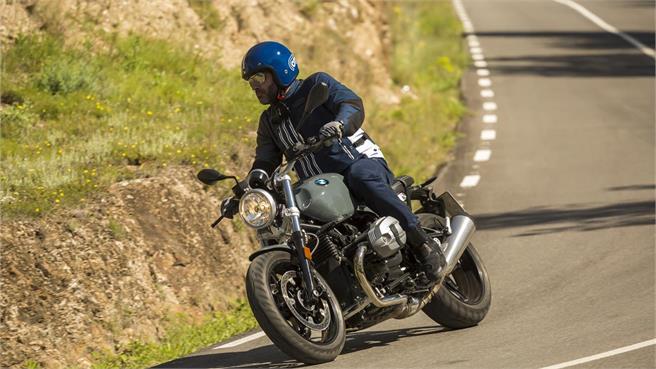 BMW R nineT Pure:  El equilibrio clásico