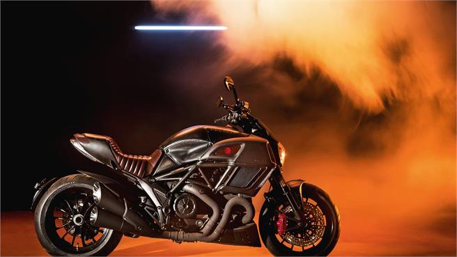 Ducati DIavel Diesel Special Edition