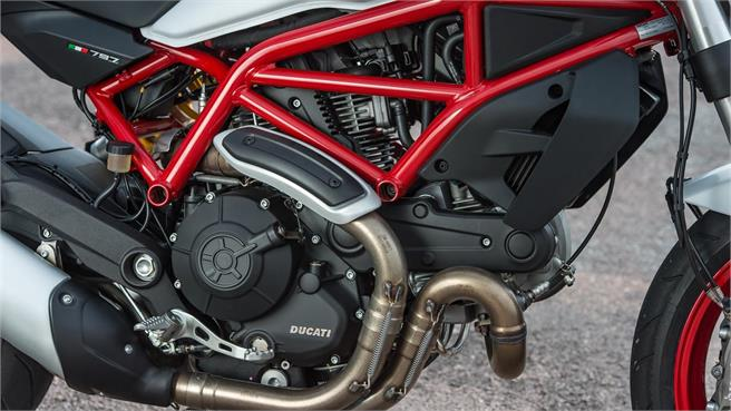 Ducati Monster 797 2017