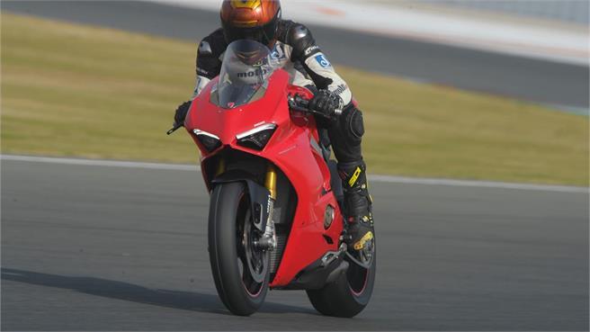 Ducati Panigale V4 S: Primer capítulo
