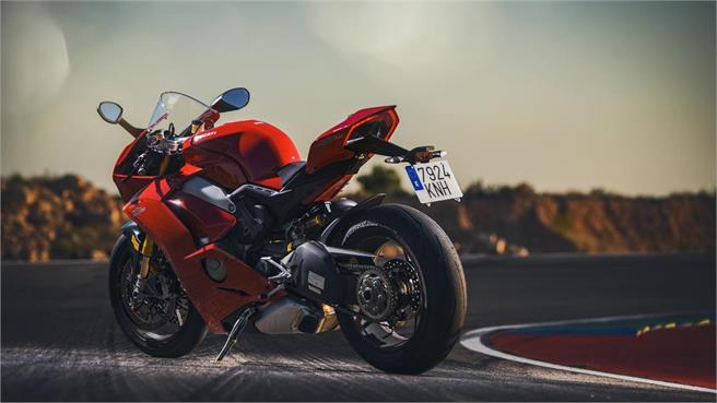 Ducati Panigale V4S