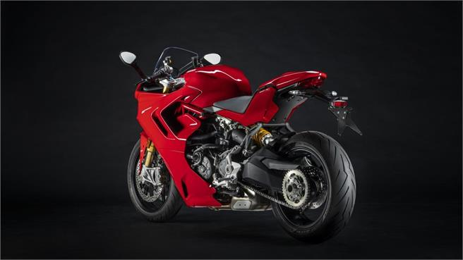 Nueva Ducati SuperSport 950 2021: Renovada en estética y electrónica