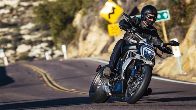 Ducati XDiavel / XDiavel S