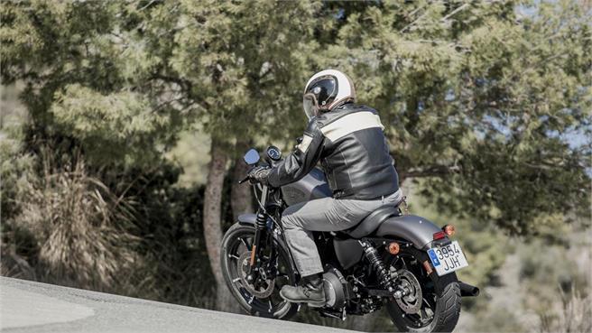 Harley Davidson Sporster 883 Iron 2016