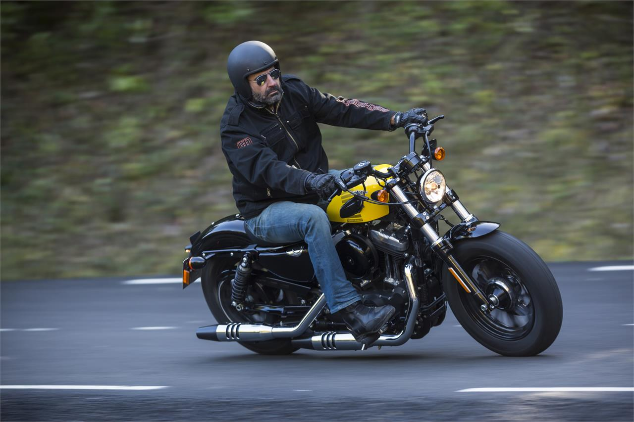 Harley Davidson Forty-Eight - foto 23