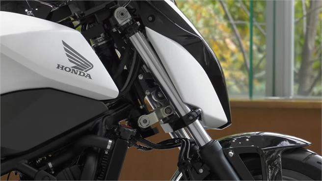 Honda Riding Assist: el autocontrol