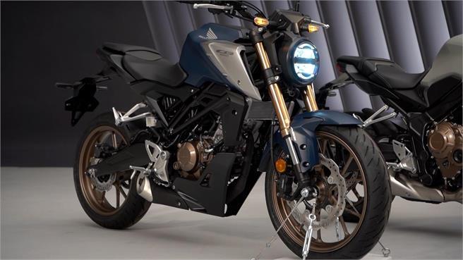 Honda CB125R: La pequeña de la familia Neo Sport Café