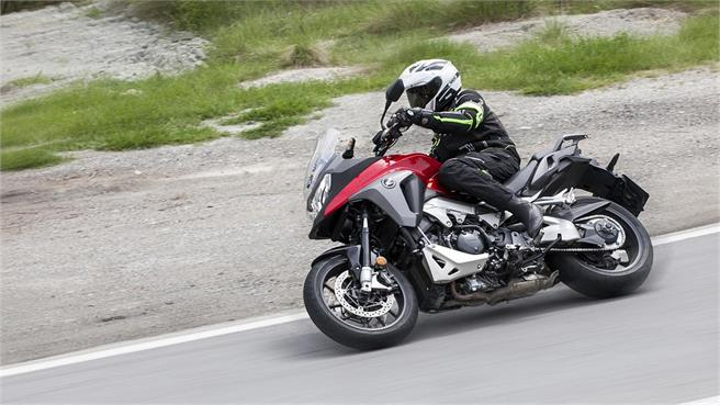 Pruebas Honda Crossrunner Vfr800x 2015 Noticias Motosnet