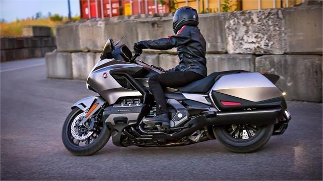 Honda Goldwing GL1800: La nueva reina