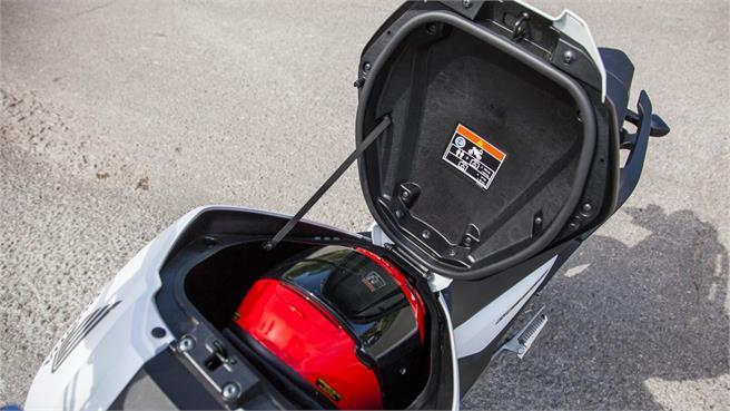 Honda NC750S DTC ABS
