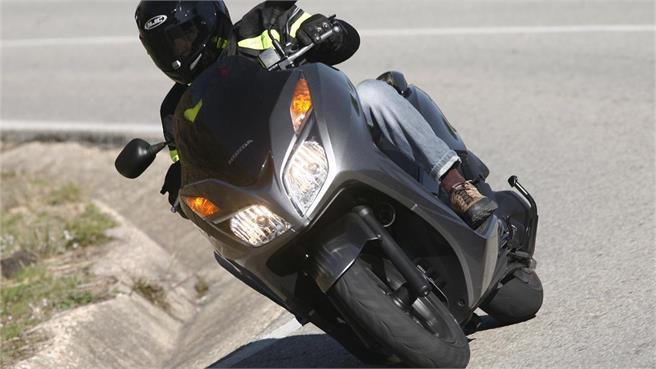 Honda NSS 300 Forza CBS-ABS
