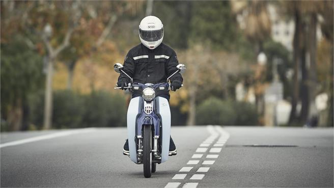 Honda Super Cub C 125: El mito es retro