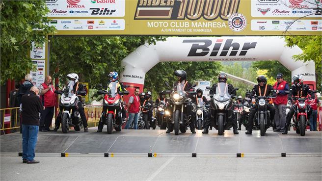 Rider 1000 sobre Honda X-ADV