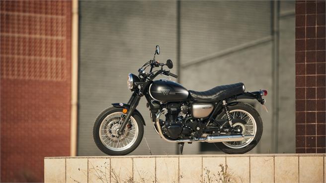 Kawasaki W800 Street: ¿Custom clásico?