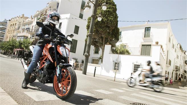 KTM 390 Duke: El A2 con más personalidad