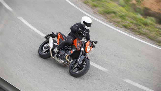 KTM 690 DUKE 2016 prueba