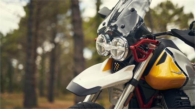 R nineT Urban G/S vs. Moto Guzzi V85 TT