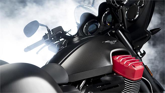 Moto Guzzi MGX-21 2016