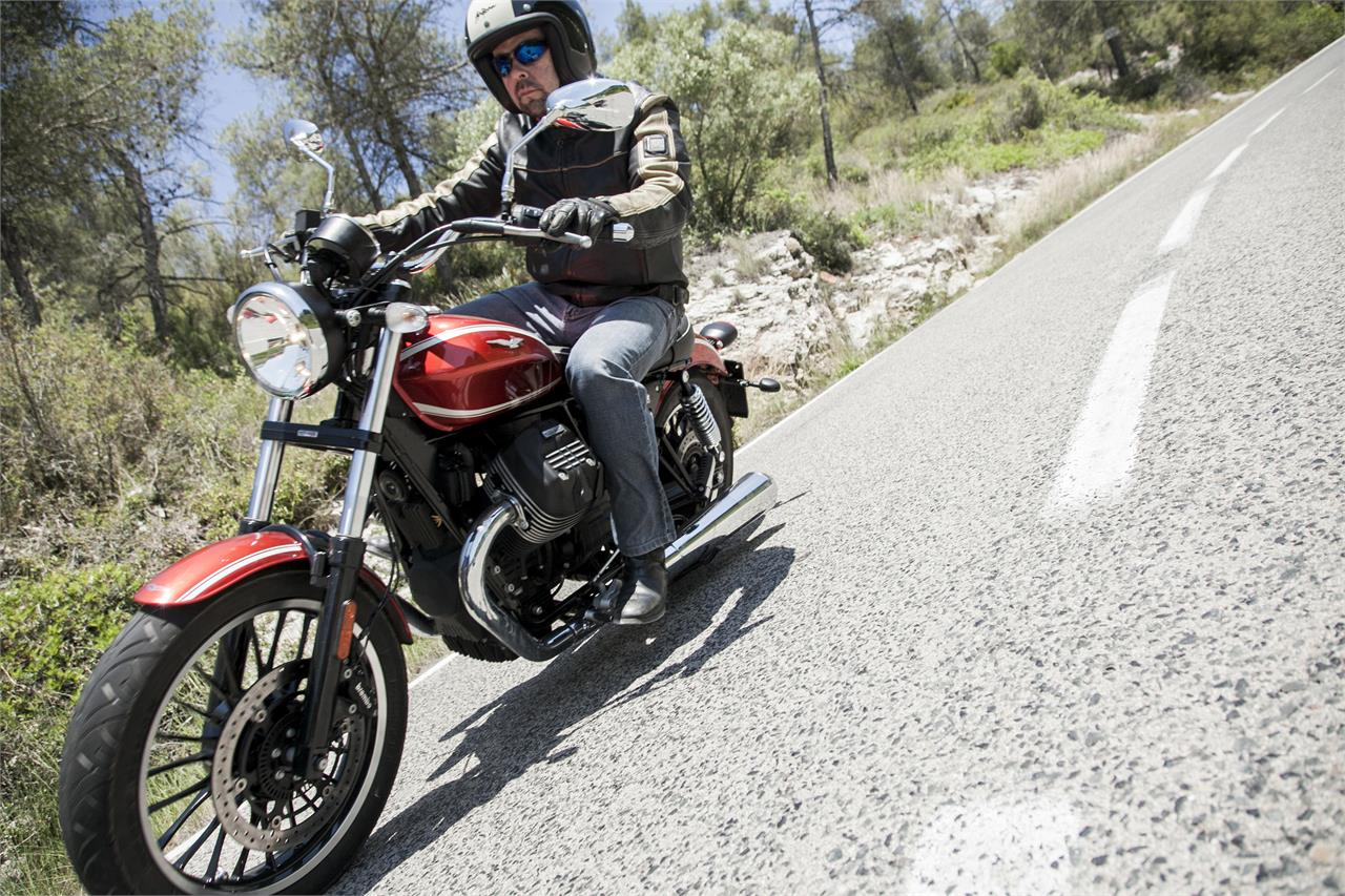 Moto Guzzi V9 Roamer: Custom a la italiana | Noticias Motos.net