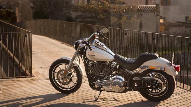 Harley Davidson Low Rider: Intemporal