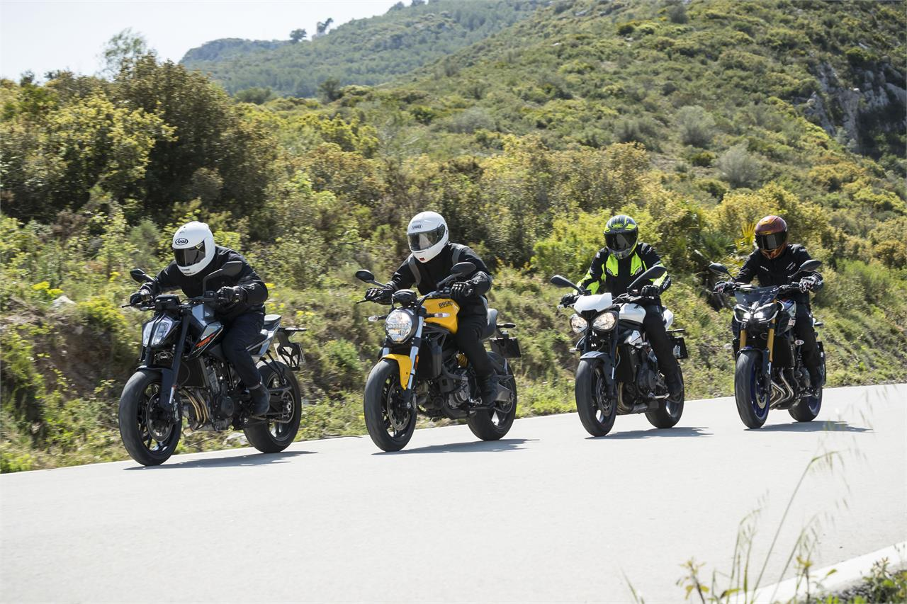 KTM 790 Duke, Ducati Monster 821, Triumph Street Triple R y Yamaha MT09 SP - foto 8