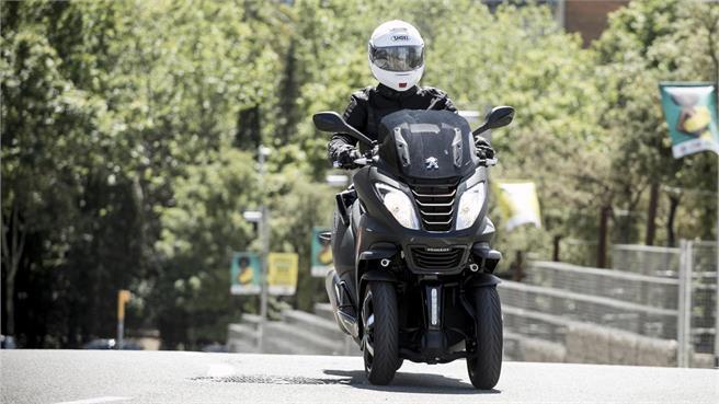 Peugeot Metropolis 400 RX-R: Todo mejora