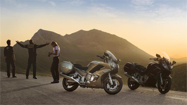 Novedad 2013: Yamaha FJR 1300 S/ AS