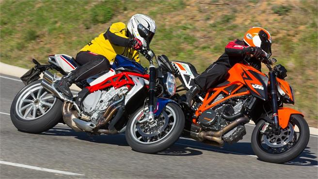 KTM 1290 Super Duke R ABS vs MV Agusta Brutale 1090 RR ABS