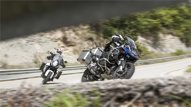Comparativo MaxiTrail BMW vs KTM