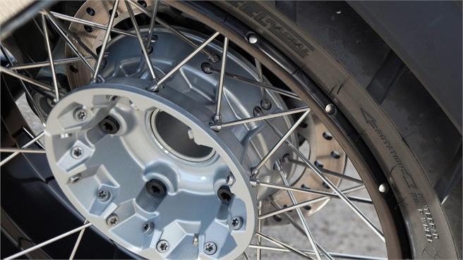 Los neumáticos, parte primera
