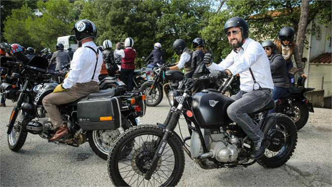 Gentleman's Ride: Solidaridad motorista