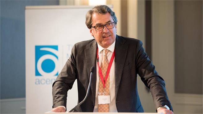 Stefen Pierer reelecto presidente ACEM