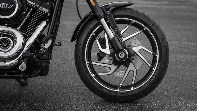 Harley Davidson Sport Glide: un acierto