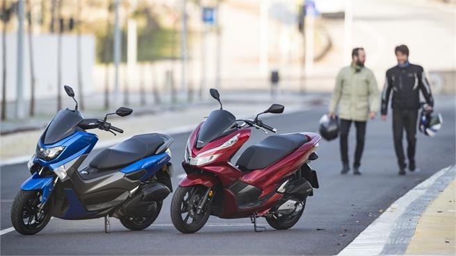 Comparativo Honda PCX 125 vs Yamaha NMAX 125: Cara a