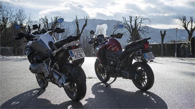 BMW R 1200 GS vs Triumph Tiger 1200 XRT