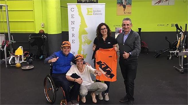 KTM España y Fundación Isidre Esteve