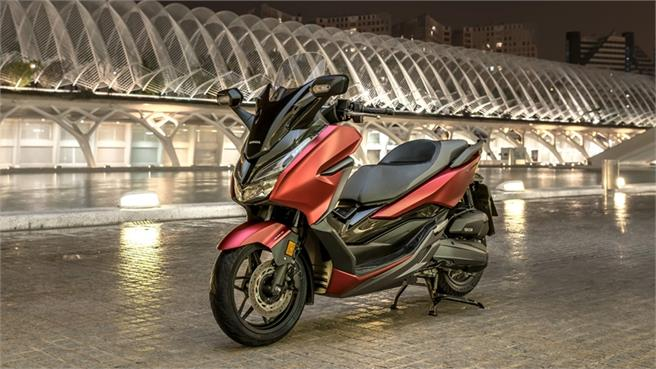 Honda Forza 125: Aún más premium