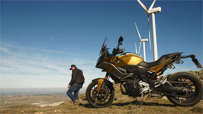 Proyecto cuna de viajeros de BMW Motorrad y Ruralka On Road